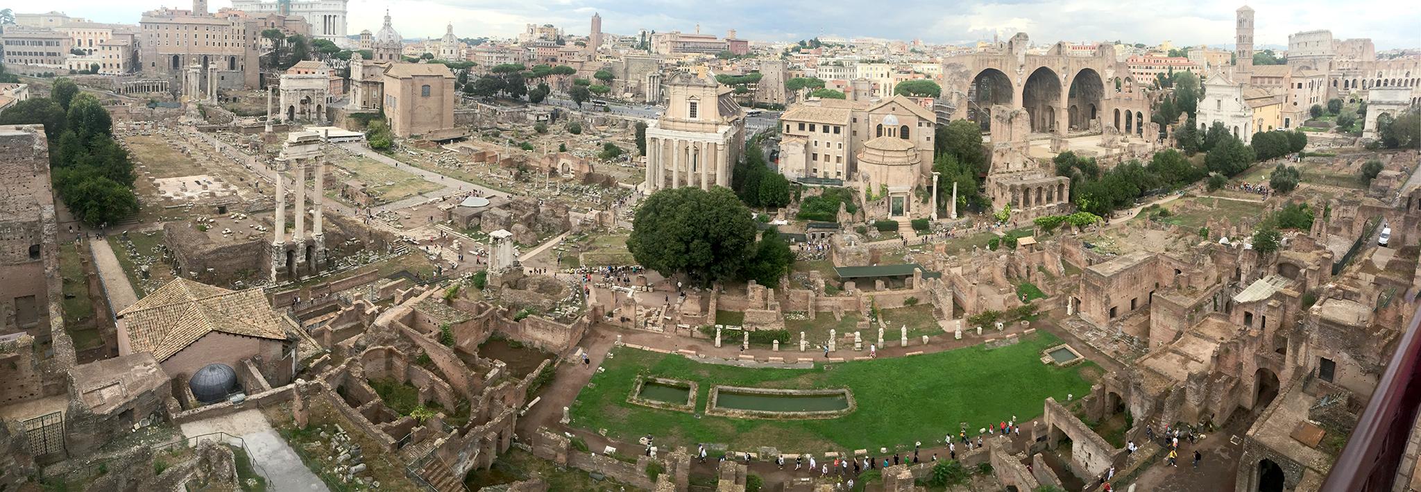 Roman_Forum_from_Palatine_Hill