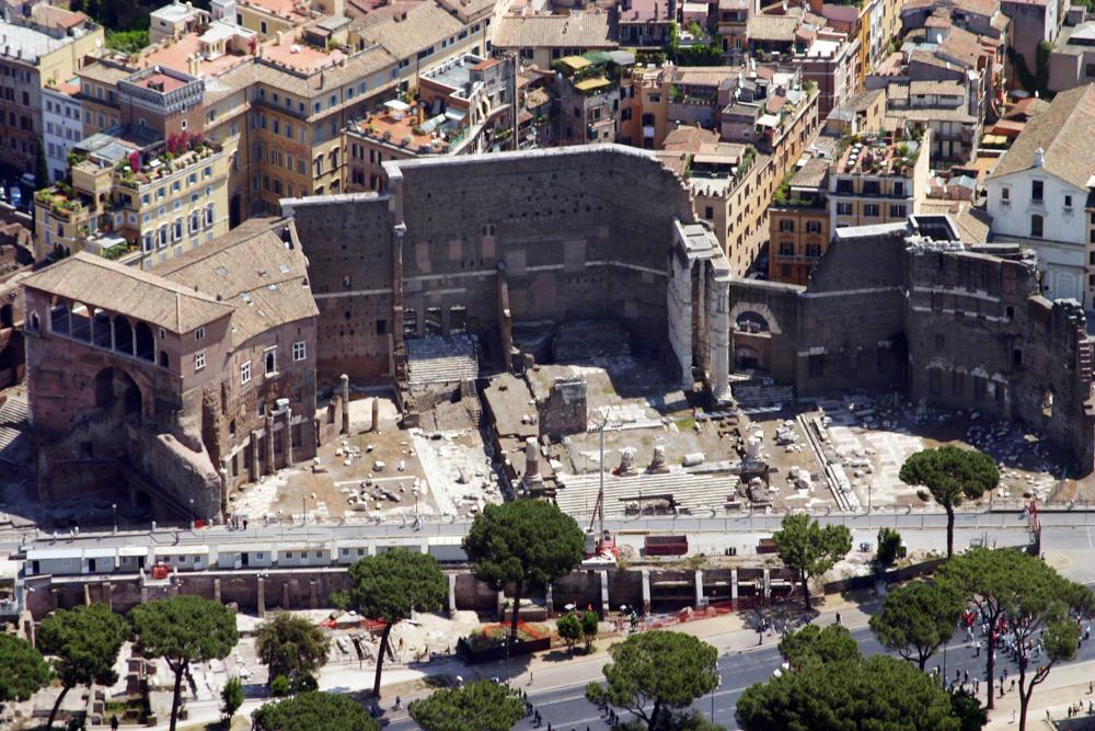 Foto-aerea-Foro-di-Augusto