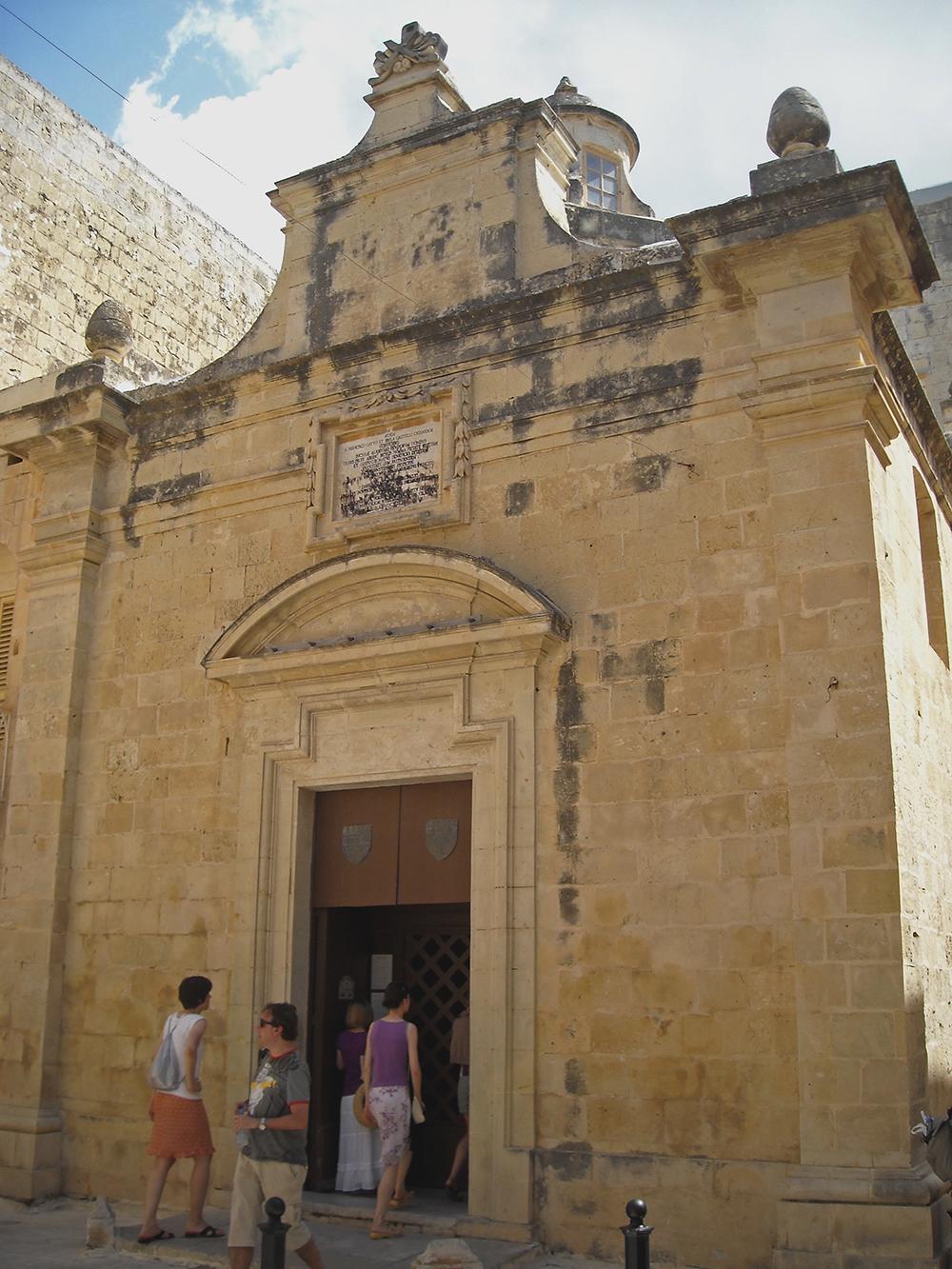 Agatha_chapel