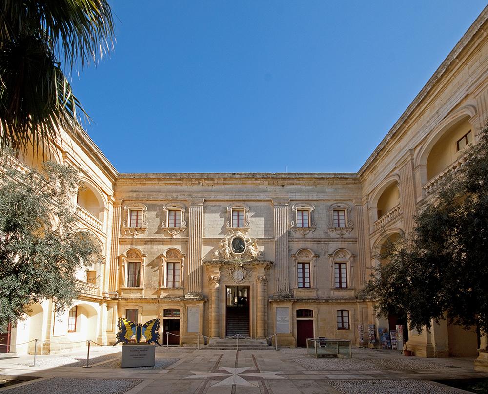 Palazzo_Vilhena