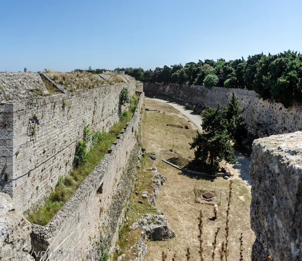 wall07